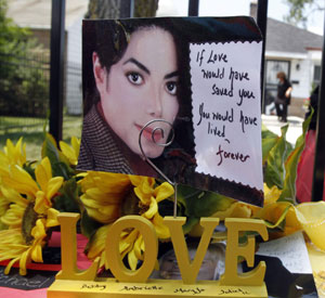 Michael Jackson memorial (creative commons)