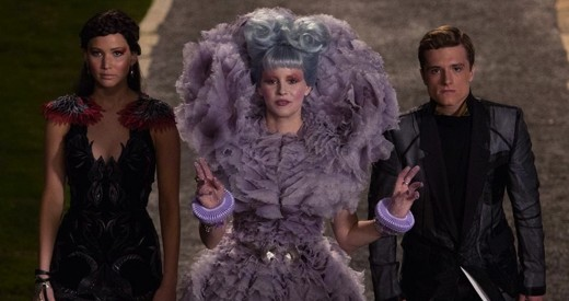 katniss-effie-peeta-catching-fire