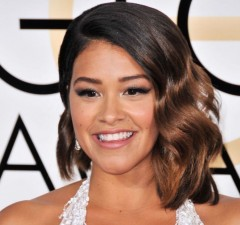 gina-rodriguez-at-74th-annual-golden-globe-awards-in-beverly-hills-01-08-2017_1