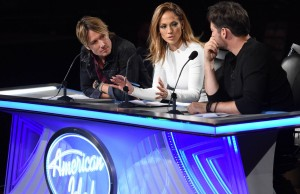 """AMERICAN IDOL: L-R: Keith Urban, Jennifer Lopez and Harry Connick, Jr. in the """"Hollywood Round #2"""" episode of AMERICAN IDOL airing Thursday, Jan. 28 (8:00-10:00 PM ET/PT) on FOX. © 2016 FOX Broadcasting Co. Cr: Michael Becker / FOX."""